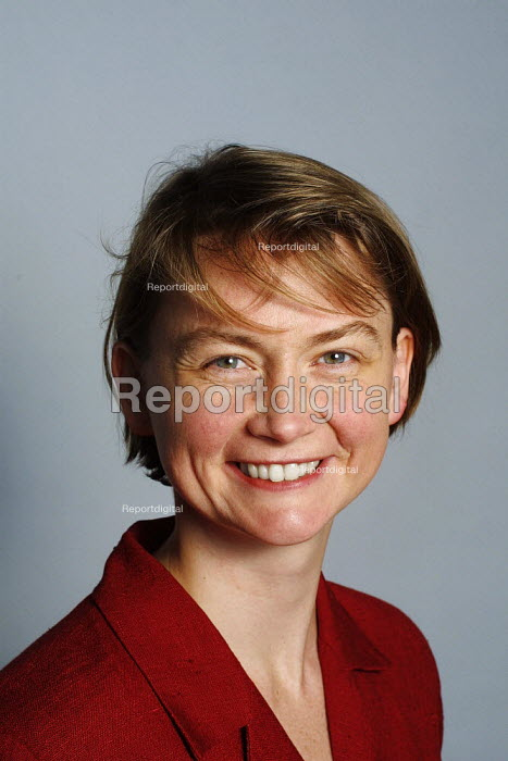 Yvette Cooper MP Labour Party Conference - David Mansell - 2003-09-30