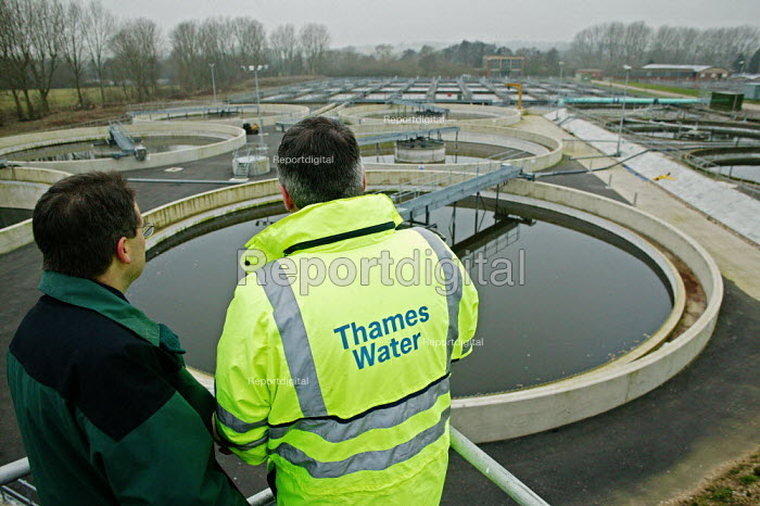Thames Water Maple Lodge Sewage Works, Rickmansworth, Hertfordshire. - David Mansell - 2006-02-02
