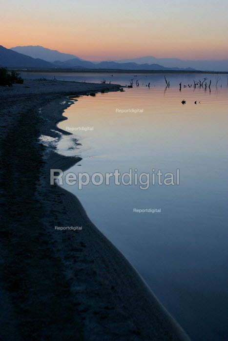 The Salton Sea, an artificial sea below sea level created... - David Bacon, DNB0706ss06.jpg