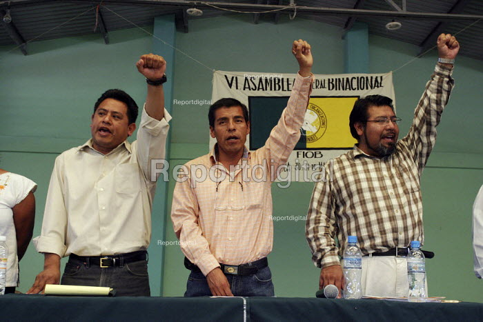 FIOB delegates debate the organizations policies and leadership. The assembly of the Indigenous Front of Binational Organizations in Mixteca region of Oaxaca, one of the poorest areas in Mexico, where a large percentage of the indigenous population has left to work in the United States. The FIOB is a political organization of indigenous communities and migrants, with chapters in Mexico and the U.S. It advocates for the rights of migrants, and for the right not to migrate, for economic development which would enable people to stay in their country. - David Bacon - 2008-05-31