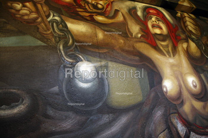 A section of the mural by David Alfaro Siqueiros, in the Palace of Bellas Artes. - David Bacon - 2008-11-14
