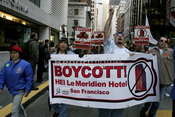 San Francisco hotel workers, members of UNITE HERE Local... - David Bacon, DNB0902hy05.jpg
