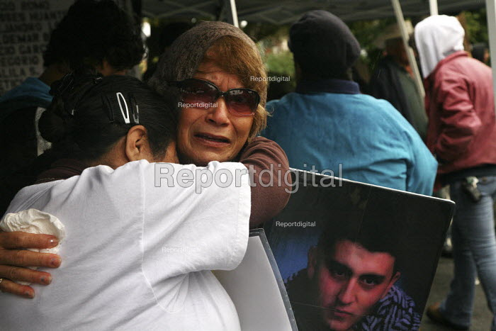 The 17th annual memorial and march for young people in Watsonville, who died as a result of violence in the Latino community. Margarita Renteria son Servando was killed aged 16. - David Bacon - 2010-11-06