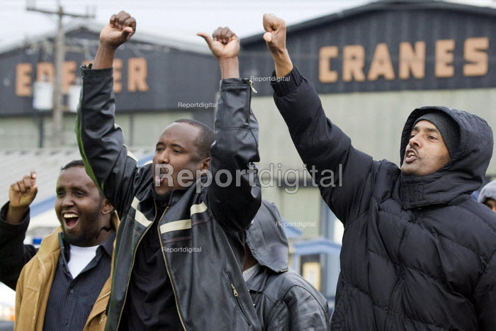 Seattle, USA. Truck drivers from Port of Seattle striking due to low pay, working conditions and in defiance of labor laws that deny them the right to form a union. The truckers have organised themselves into the Seattle Port Truckers Association (SPTA) - David Bacon - 2012-02-08