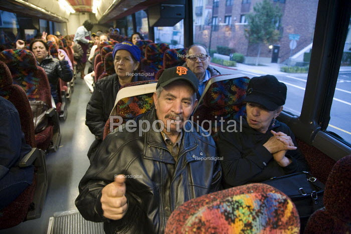 California, Members of the SEIU in San Francisco get on a bus to travel to Reno, Nevada, where they will campaign to reelect President Barack Obama. - David Bacon - 2012-09-29