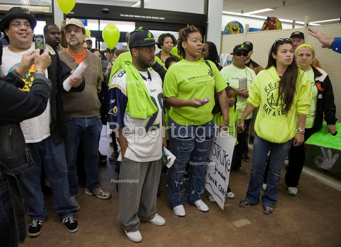 California: Workers at the Walmart store in Richmond are joined by other Walmart workers sacked for their union membership and other union members and community supporters in OUR Walmart - for respect at work. They protested at the sackings and tried to present a petition to a store manager who refused to accept it. Victimised workers and their supporters confronted managers in the store, and demanded their jobs back. - David Bacon - 2012-11-23