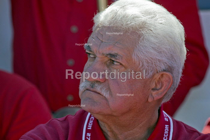 Cananea, Sonora, Mexico, Juan Linares of the miners union, Los Mineros at a rally. Striking miners march at the Cananea copper mine occupying a pumping station, which has shut down mine operations. They are joined by residents and farmers of towns on the Sonora River, who were devastated by a release of 40,000 cubic meters of acid and heavy metal waste in August 2004. They are demanding the government intervene to force the mine owner, Grupo Mexico, to clean up the river and return the striking miners to their jobs. - David Bacon - 2015-03-26
