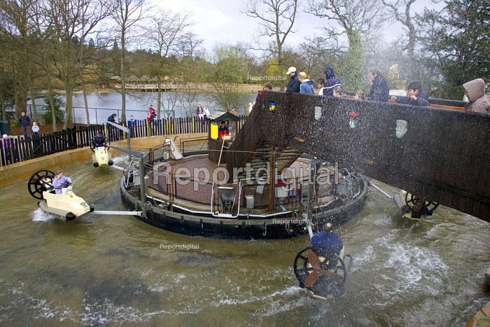 Children on a water ride Legoland, Windsor - Duncan Phillips - 2006-04-02