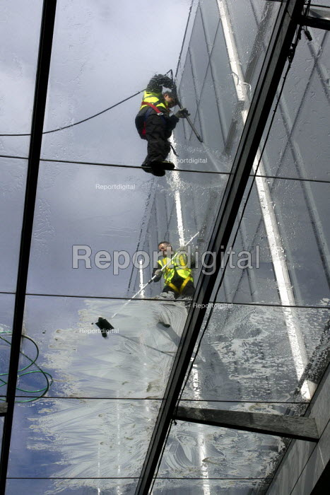 Window Cleaners on Glass Roof, Spitalfields, London - Duncan Phillips - 2013-04-06