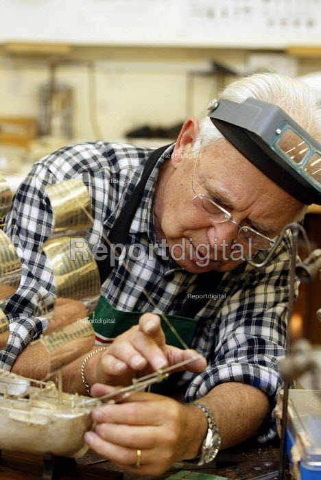 Pensioners participating in art and craft activities, London. - Duncan Phillips - 2005-09-05