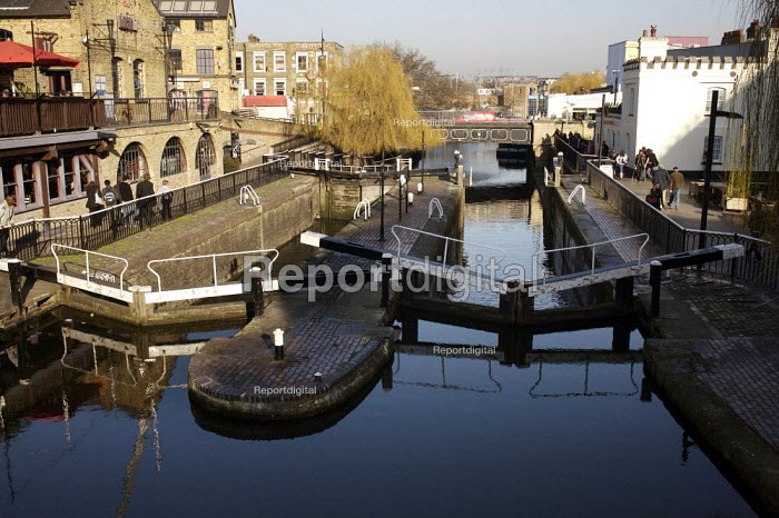 Camden Lock and Market London - Duncan Phillips - 2008-02-12