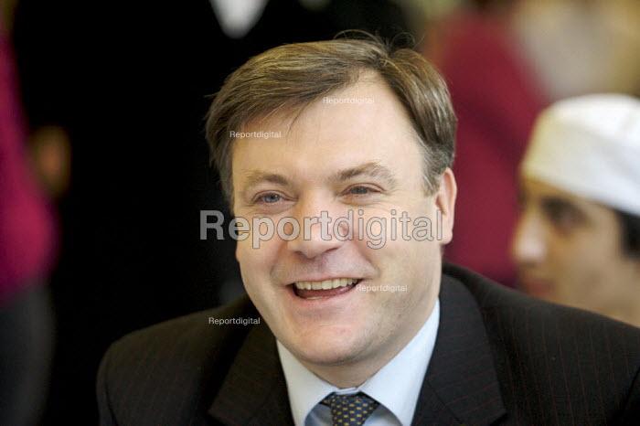 Ed Balls visiting sixth form pupils, Westminster Kingsway College, London - Duncan Phillips - 2007-11-05