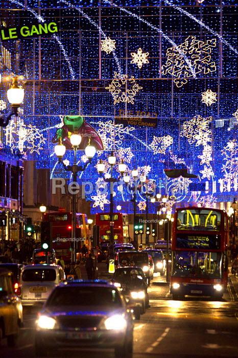 Christmas lights, Regent Street ,London - Duncan Phillips - 2006-12-11