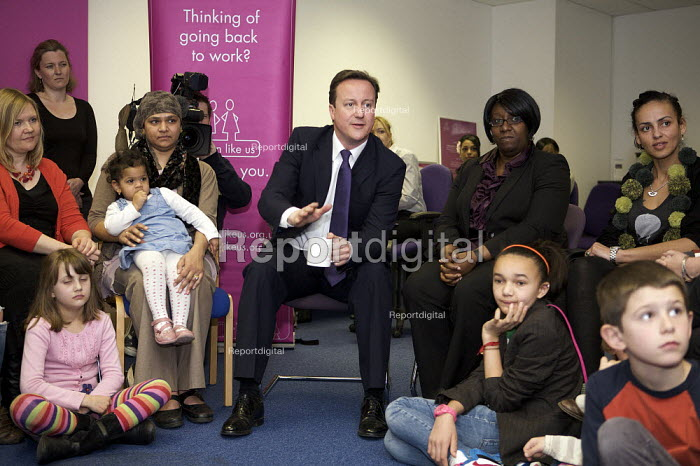 David Cameron visits Women Like Us a recruitment service that specialises in part-time jobs for women to fit work around the needs of their family, to discuss what mothers need in order to return to work - Duncan Phillips - 2010-04-14