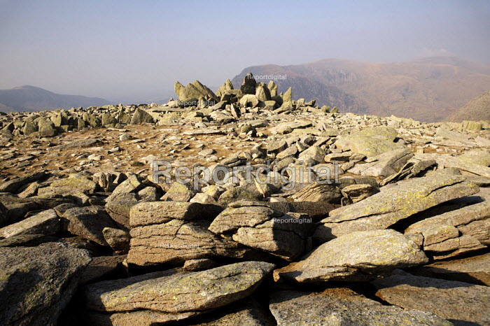 On top of the Glyders, Snowdonia - Duncan Phillips - 2007-04-01