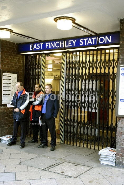Northern line suspended as drivers refuse to work over safety fears about the breaking system on the trains. Unions called for the withdrawal of trains after the fifth incident of brake failure when passing a red light. - Duncan Phillips - 2005-10-14