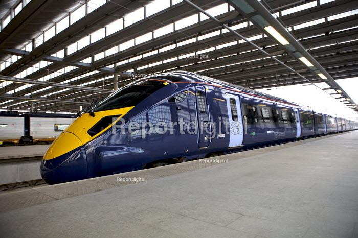 New Javelin Train launch, St Pancras Station, London - Duncan Phillips - 2008-12-12
