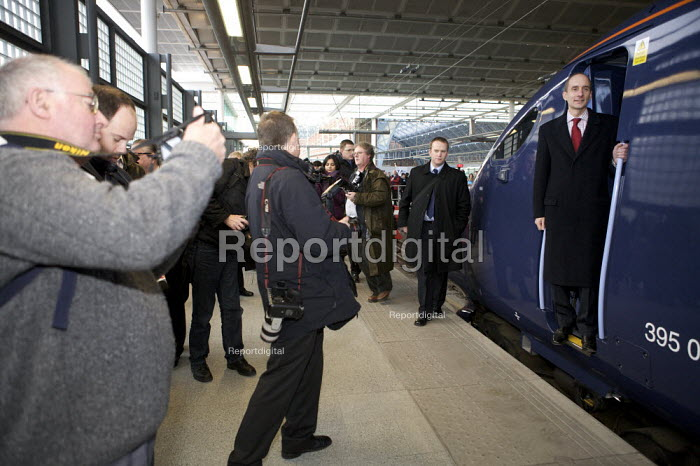 Lord Andrew Adonis, New Javelin Train launch, St Pancras Station, London - Duncan Phillips - 2008-12-12
