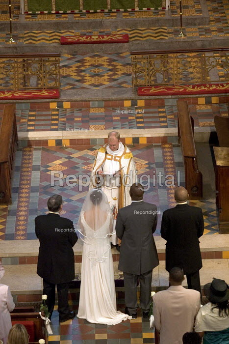 Church wedding. - Duncan Phillips - 2006-09-17