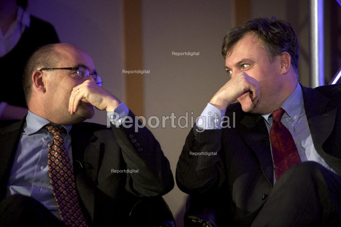 Ed Balls MP & Jim Knight launching Moving Up raising the participation age of children in education to 18 - Duncan Phillips - 2008-12-17