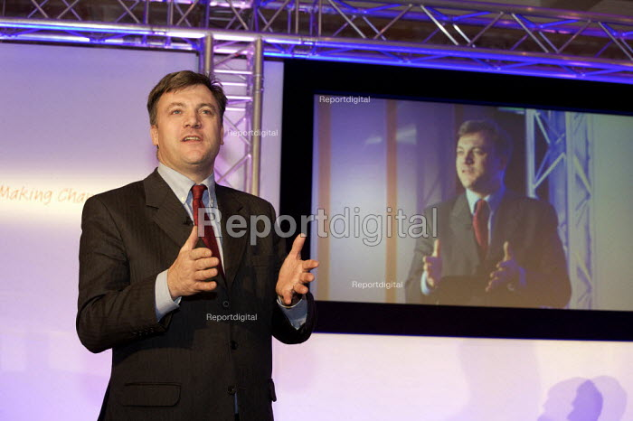Ed Balls MP launching Moving Up raising the participation age of children in education to 18 - Duncan Phillips - 2008-12-17