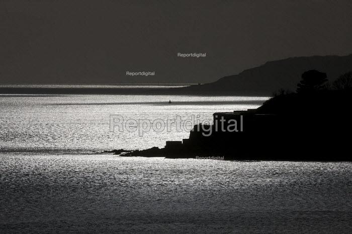 Plymouth Hoe seascape. - Duncan Phillips - 2010-01-28