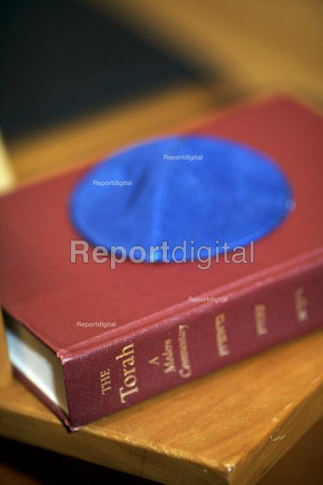 Torah and a skullcap. The Liberal Jewish Synagogue, London. - Duncan Phillips - 2010-03-18