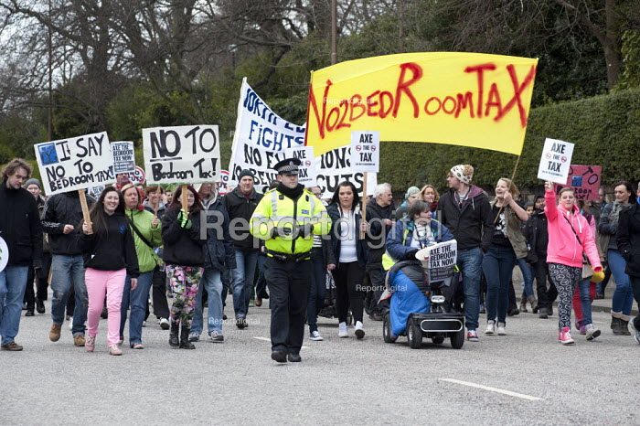Protesters march through Edinburgh in protest against the Bedroom Tax. - Gerry McCann - 2013-03-30