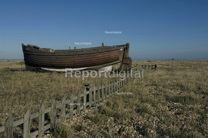 Wooden boat in a garden at Dungeness, Kent, England - Geoff Crawford - 2008-01-30