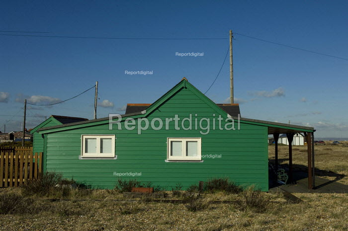 Wooden house at Dungeness, Kent, England - Geoff Crawford - 2008-01-30