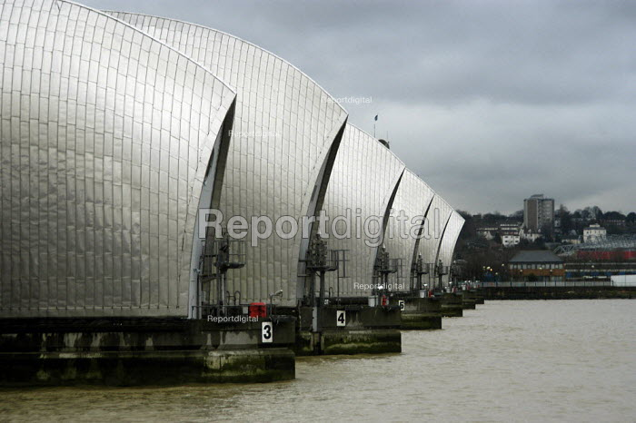 The Thames Barrier. - Geoff Crawford - 2003-01-02