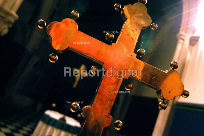 Old and new crosses at St Luke's Church Holloway, London. - Geoff Crawford - 2003-02-16