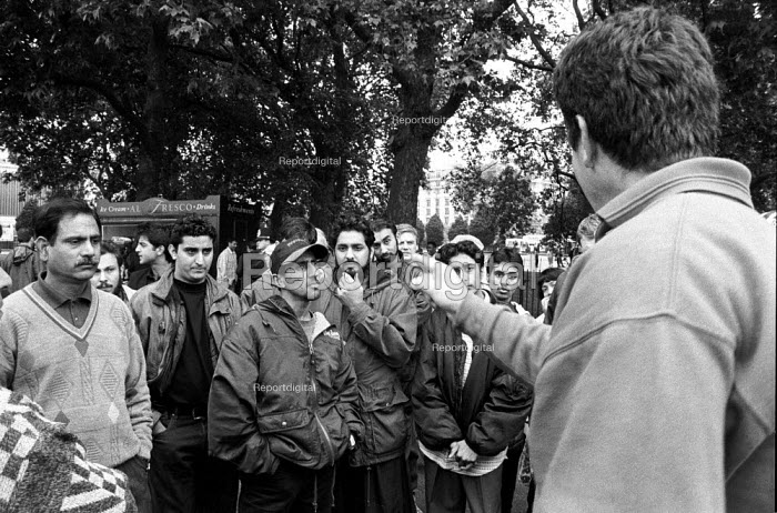 Animated speaker at Speakers Corner, Hyde Park, London - Geoff Crawford - 1995-06-11