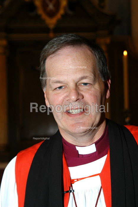 The Right Reverend Jonathan Gledhill the Bishop of Lichfield after his Confirmation of Election service at St mary-le-Bow in Cheapside, London. The Archbishop of Canterbury Dr Rowan Williams presided over the service. - Geoff Crawford - 2003-10-29