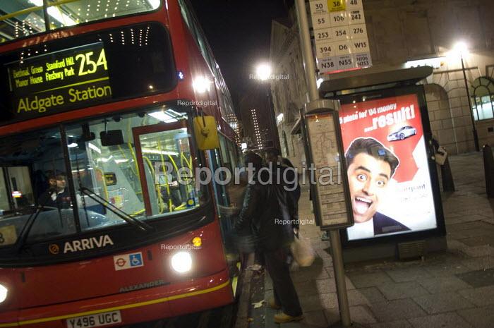 The number 254 bus in the Narrow Way, Hackney. - Geoff Crawford - 2008-02-06
