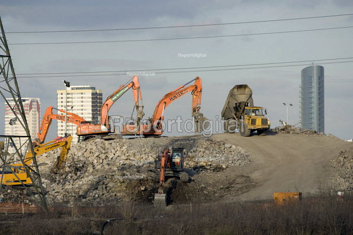 Excavators clearing land on the site of the 2012 Olympic stadium - Geoff Crawford - 2008-03-05