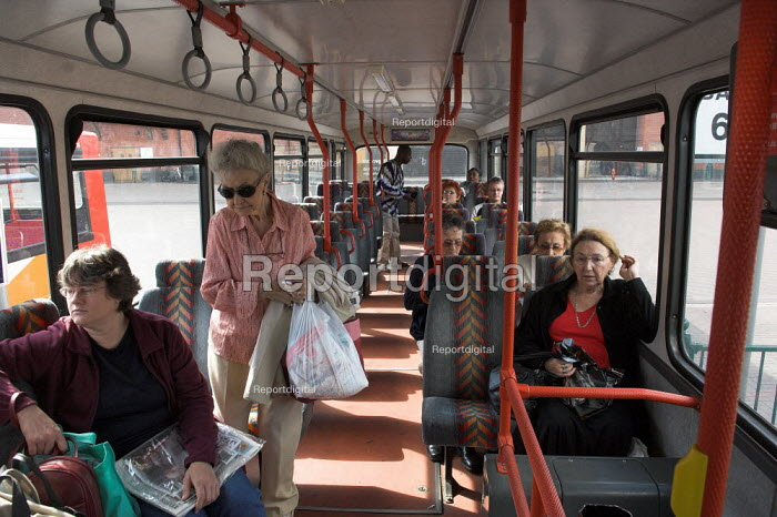 Passengers on board the number 59 bus near Banbury, Oxfordshire. The bus serves villages in the Banbury area - Geoff Crawford - 2005-08-20