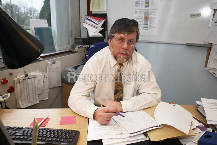 Senior Social Worker Alan Beattie in his office in Irvine. - Gerry McCann - 2006-02-01