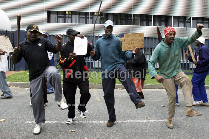 Members of NUMSA picket. They are striking over victimisation claims, at the Scania factory in Johannesburg. - Gerry McCann - 2005-04-22