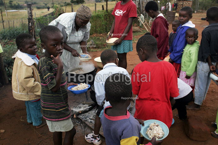 A feeding centre near Manzini for children orphaned by AIDS and related illnesses. Organised by SWAPOL (Swaziland for Positive Living), a group of mainly women whose lives are seriously affected by HIV/AIDS. - Gerry McCann - 2005-04-25
