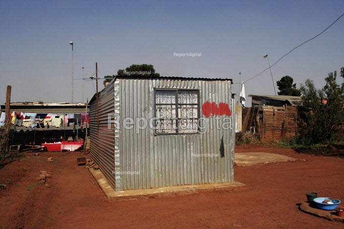 A shanty area in Johannesburg, with houses made from corrugated iron. - Gerry McCann - 2005-05-08