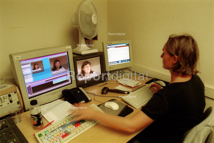 Nikki Mitchell multiskilled TV presenter and camerawomen editing digital video news story BBC South West - John Harris - 2002-09-06
