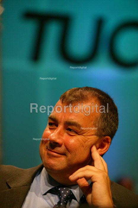 Brendan Barber Gen Sec TUC Congress 2003 - John Harris - 2003-09-08