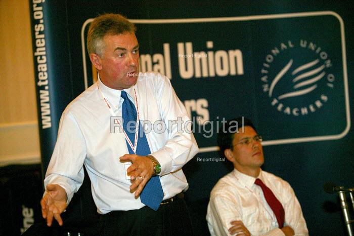 Steve Sinnott Gen Sec and David Miliband MP, NUT fringe meeting. Labour Party Conference 2004 - John Harris - 2004-09-27