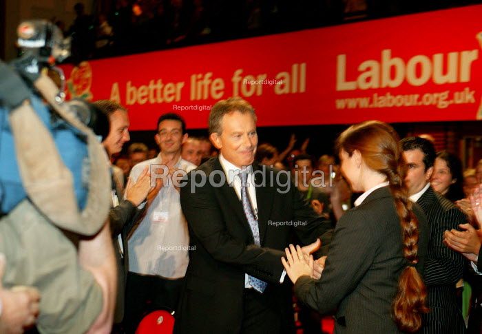 Tony Blair making an entrance, Labour Party Conference 2004 - John Harris - 2004-09-28
