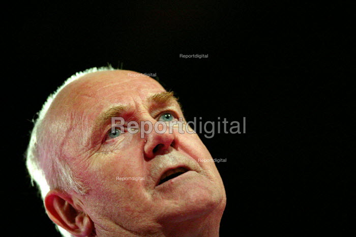 John Reid MP speaking at Labour Party Conference 2004 - John Harris - 2004-09-29