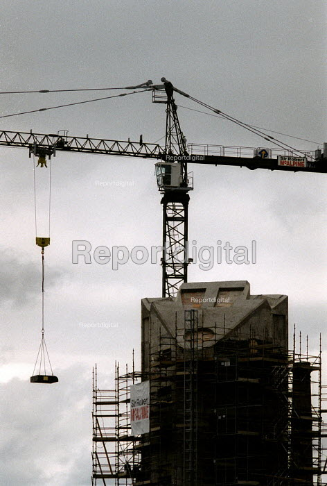 Crane on a construction site. Leicester - John Harris - 2000-06-20