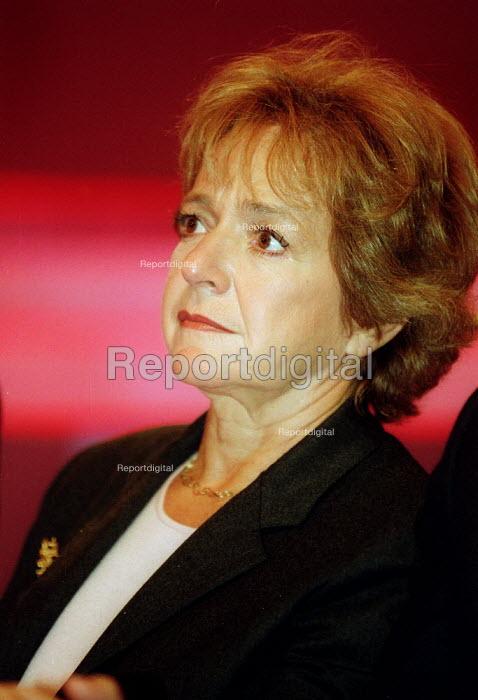 Margaret Hodge MP Labour Party conference 2002 - John Harris - 2002-10-02