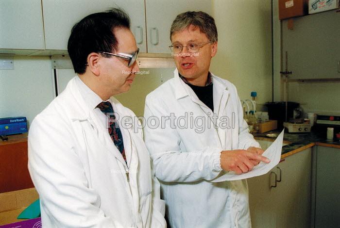 MSF Trades Union organiser talking with chemical engineer MSF member Rhodia Chemicals Oldbury - John Harris - 2002-09-23
