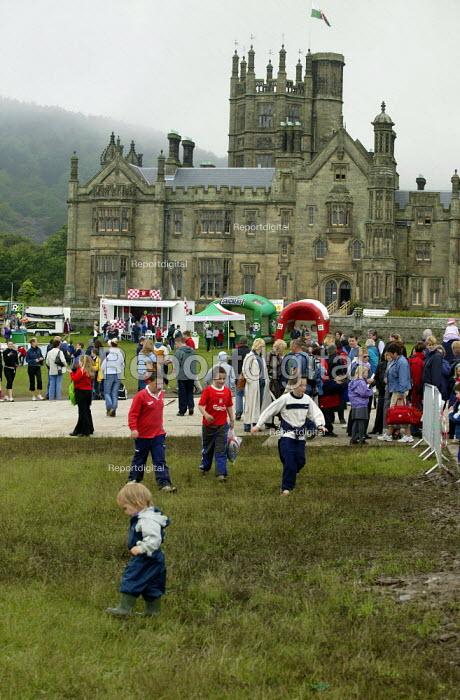 Urdd Eisteddfod, Margam Park, Neath Port Talbot Wales. - John Harris - 2003-05-27